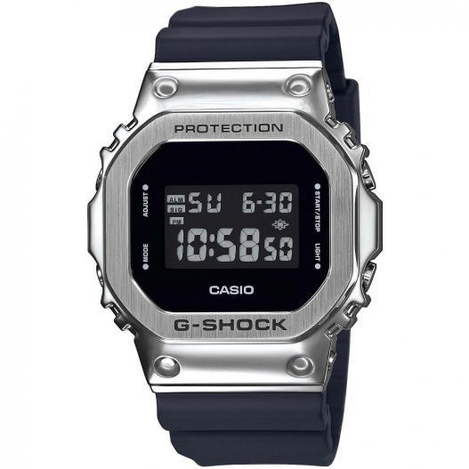 Casio G-Shock Herrenuhr Edelstahl silbern mit Resinband GM-5600-1ER